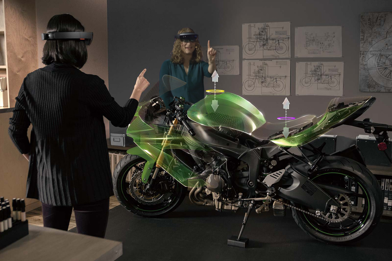 A simulation of Real Time Collaboration on Hololens